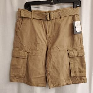 New boys cargo shorts and belt size Xl 18-20